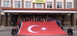 Afrin'de görev yapan Mehmetçiğe şiirli destek