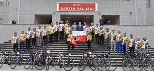 Şehitlere saygı için Çanakkale'ye pedallayacaklarlar