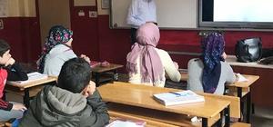 Hisarcık ÇPL'de ortaokul öğrencilerine bölüm tanıtımı