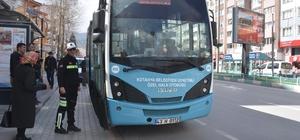 Halk otobüsü şoförü alkollü çıkınca ehliyetine el konuldu