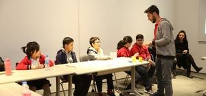 AGÜ Kütüphanesi'nden İlk, Orta ve Lise Öğrencilerine Destek