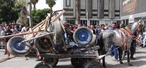 Şanlıurfa'da seyyar satıcıların at arabalı eylemi