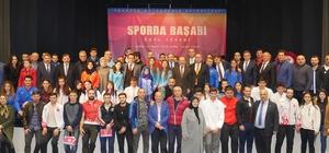 Trabzon'da 102 bireysel sporcu ile 8 kulübe yaklaşık 200 bin TL para ödülü verildi