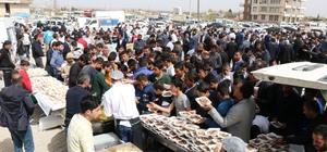 Afrin şehitleri için Cuma namazı sonrası binlerce kişiye tirit ikram edildi