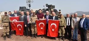 ekirdağ'ın belediye başkanları sınırdaki Mehmetçikle buluştu