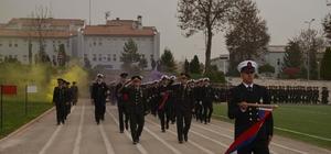 Jandarma ve Sahil Güvenlik uzman erbaşları asayiş kurslarını tamamladı