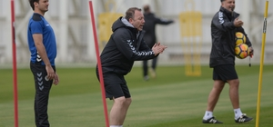 Atiker Konyaspor'da Osmanlıspor maçı hazırlıkları