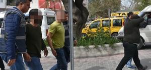 Kuşadası'nda haklarında yakalama kararı bulunan 5 şüpheli tutuklandı