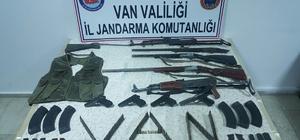 Van'da PKK için silah satan 2 kişiye gözaltı