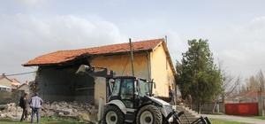 Domaniç Mezbahanesi yıkıldı