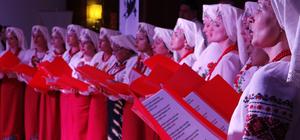 Ukraynalı kadınlar, Çanakkale şehitleri için söyledi