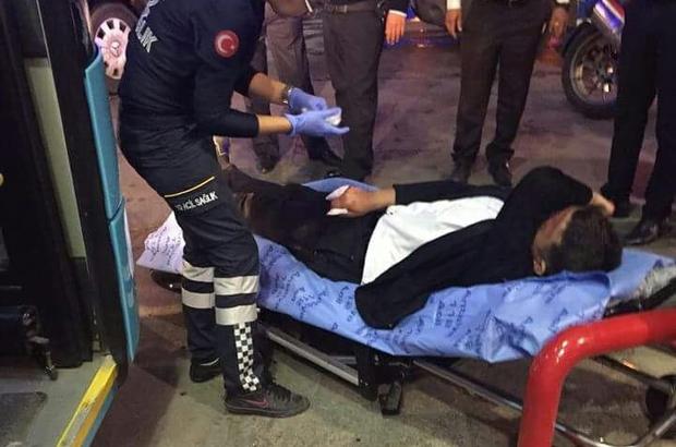 Kavgayı ayırmaya çalışan halk otobüsü şoförü parmağından oldu Akaryakıt istasyonundaki kavgaya müdahale eden halk otobüsü şoförünün parmağını kopardılar Petrol ofisine ters yönden girdi, döner bıçağı ile saldırdı