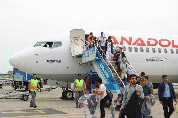 Adıyaman'dan 95 öğrenci havayolu ile Balıkesir'e geldi Biz Anadoluyuz Projesi kapsamında 95 öğrenci Balıkesir'e geldi