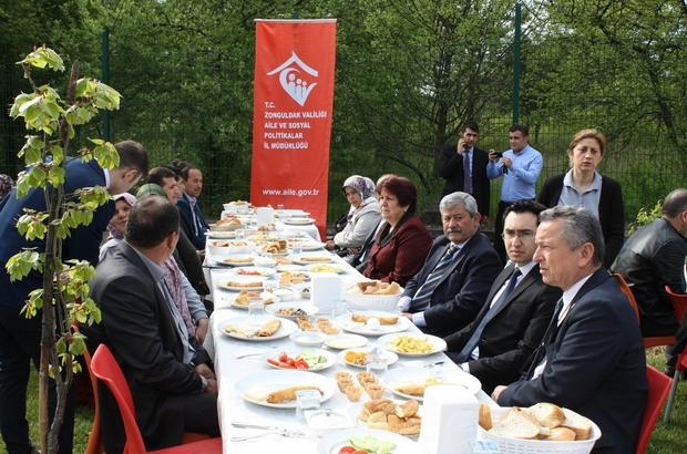 Şehit, gazi ve ailelerine kahvaltı verildi