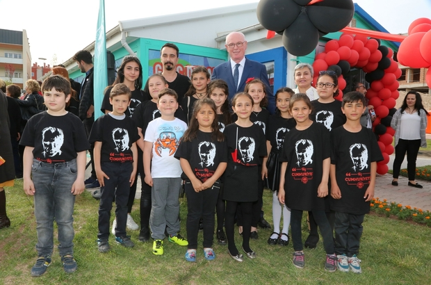 Gençlerin yeni adresi 'Genç Durak' açıldı