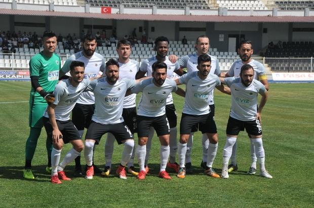 Kuşadasıspor BAL'da kalmayı başardı Kuşadasıspor:3 Yıdızspor:1