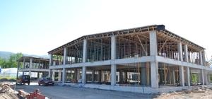 Başkan Özcan, Galericiler Sitesi inşaatını inceledi