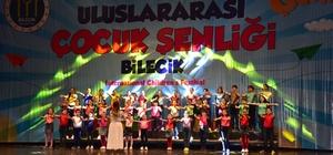 11. Uluslararası Bilecik Çocuk Festivali'nde tüm dünyaya barış mesajı verildi Festival bazı TRT kanallarından canlı yayınla tüm dünyaya duyurdu