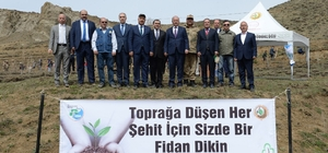 Erzurum'da fidanlar toprakla buluştu
