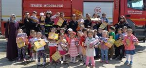 Ana sınıfı öğrencilerine yangın eğitimi