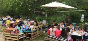 """İlkokul öğrenciler mangal partisi ile """"Hoşgeldin Bahar"""" dedi"""