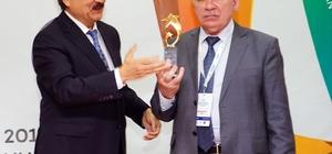 Tatar Şair ile Azerbaycanlı yazar, ödülünü Kastamonu'da aldı