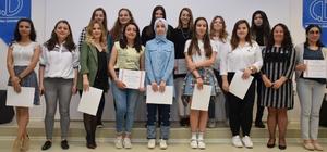 Eğitim Fakültesinde 'Yüksek Onur Belgesi Töreni' gerçekleştirildi