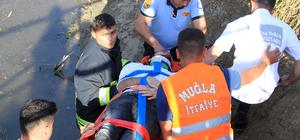 Muğla'da kamyonet ile otomobil çarpıştı: 3 yaralı