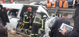 Kocaeli'deki feci kazada 2 tutuklama Yarışırken 1 kişinin ölümüne 11 kişinin de yaralanmasına neden olan sürücüler tutuklandı