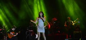 Funda Arar, Bursa'da konser verdi