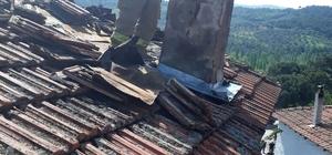 Havran'da baca yangını evi yakıyordu
