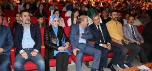 Diriliş Ertuğrul ekibi Kayseri'de Artuk Bey ve Abdurrahman Alp'a öğrencilerden yoğun ilgi
