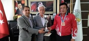 Balkan Şampiyonuna 3 Cumhuriyet Altını