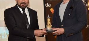 İzmit'te yılın kısa film oyucuları ödüllerini aldı