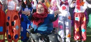 Engelli öğrenciler 23 Nisan'ı kutladı