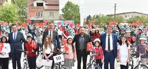 İzmit'te 70 bin bisiklet dağıtıldı