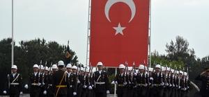 """Canikli: """"Artık hiç kimse Türkiye'yi hesaba katmadan at oynatamaz"""" Milli Savunma Bakanı Nurettin Canikli: """"Türk ordusu işgal gücü değildir. Atalarımız sadece adalet ve barış getirmişlerdir"""""""