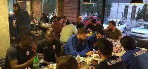 Adem Büyük'ten Artvin Hopaspor takımına moral yemeği