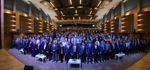Şahinbey'de üstün başarı gösteren personele ödül