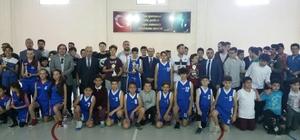 Söke'de okullar arası basketbol heyecanı yaşandı