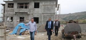 Sağlık Müdürü Öz yapımı devam eden sağlık tesislerini inceledi