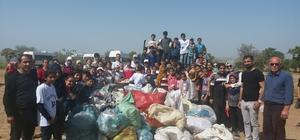 Öğrenciler mesire alanından 1 kamyon çöp topladı