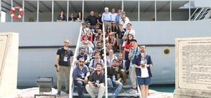 Mersin'in tarihi fotoğraflanıyor Mersin Büyükşehir Belediyesi, Türkiye'de Foto Safari Eğitim ve Tanıtım Projesi kapsamında Ankara ve İspanya'dan Mersin'e gelen üniversite öğrencilerini Mersin'de ağırlıyor