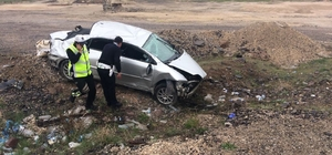 Otomobil şarampole yuvarlandı: 1 ölü, 4 yaralı