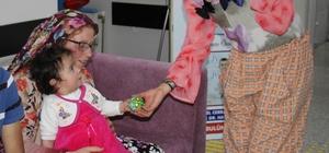 Minikler 23 Nisan'ı erken kutladı Liva hastanesi çocukları sevindirdi