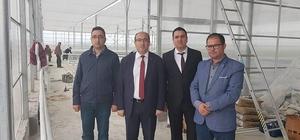 Sandıklı Belediyesi jeotermal ısıtmalı çiçek serası ile sebze, meyve kurutma tesisin yapımını tamaladı