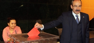 """KTO Yönetim Kurulu TOBB delegeleri ve disiplin kurulu seçimi yapıldı KTO Yönetim Kurulu Başkanı Ömer Gülsoy: """"Yarından itibaren koşmaya başlayacağız"""""""