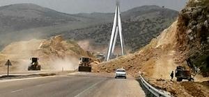 Nissibi Köprüsünün girişinde çalışma