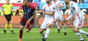 Spor Toto Süper Lig: Trabzonspor: 0 - Demir Grup Sivasspor: 1 (İlk yarı)