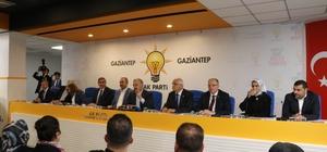 Bakan Gül ve Arslan AK Parti İl Başkanlığını ziyaret etti